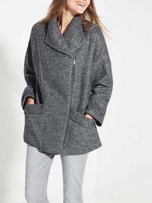 Manteau zippé col asymétrique