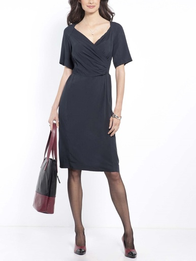 Robe manches courtes, taille smockée