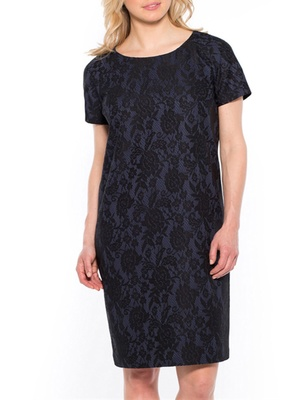 Robe motif dentelle, stature - d'1,60m