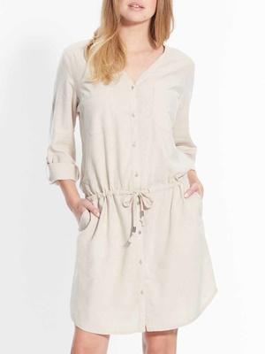 Robe boutonnée, poitrine standard