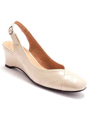 Sandales à bout fermé femme