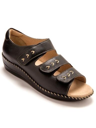 Sandales extra larges à ouverture totale