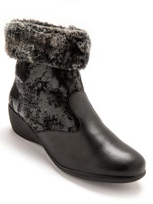 Boots cuir fourrées