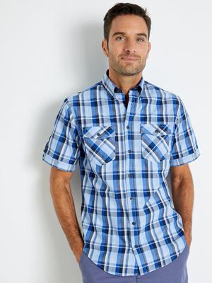 Chemise manches courtes, col boutonné