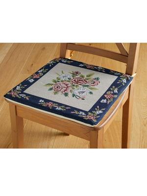 2 galettes de chaise esprit tapisserie