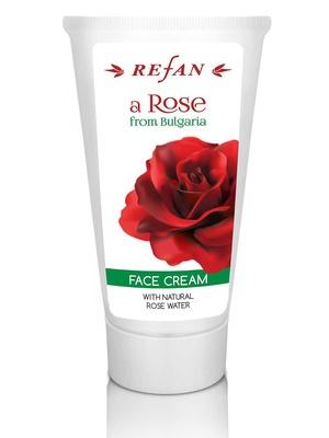 Crème pour le visage à l'eau de rose de