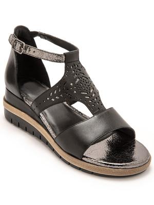 Sandales cuir motifs ajourés