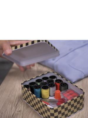 Kit de couture boîte métal